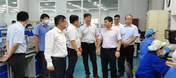 科技部高新司雷鹏副司长一行莅临公司北京空港基地调研